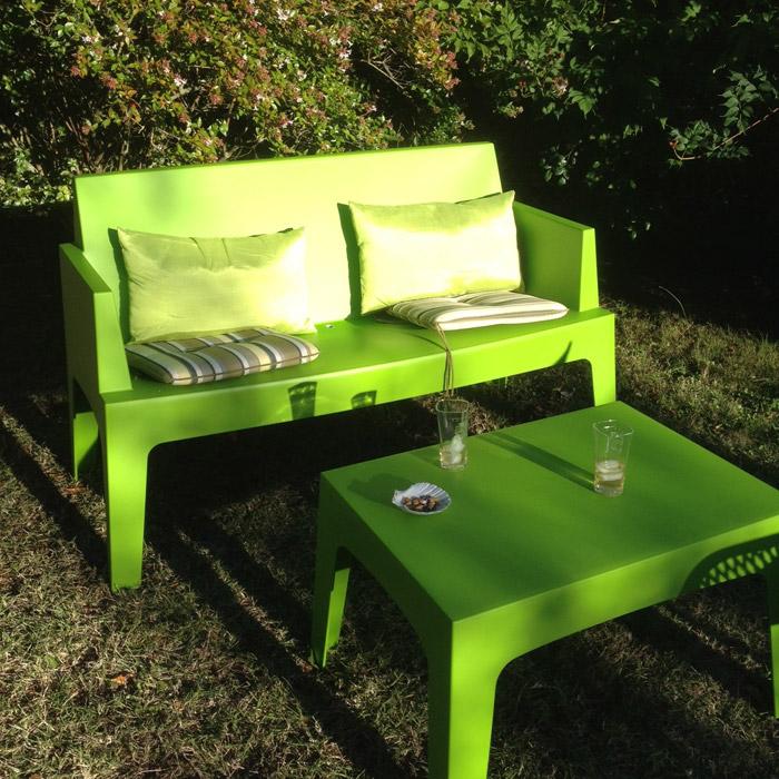 Chaise design plemo xl banc de jardin noir en mati re - Banc de jardin en plastique ...