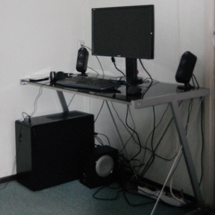 Bureau droit QWERTY - Alterego Design - Photo 1